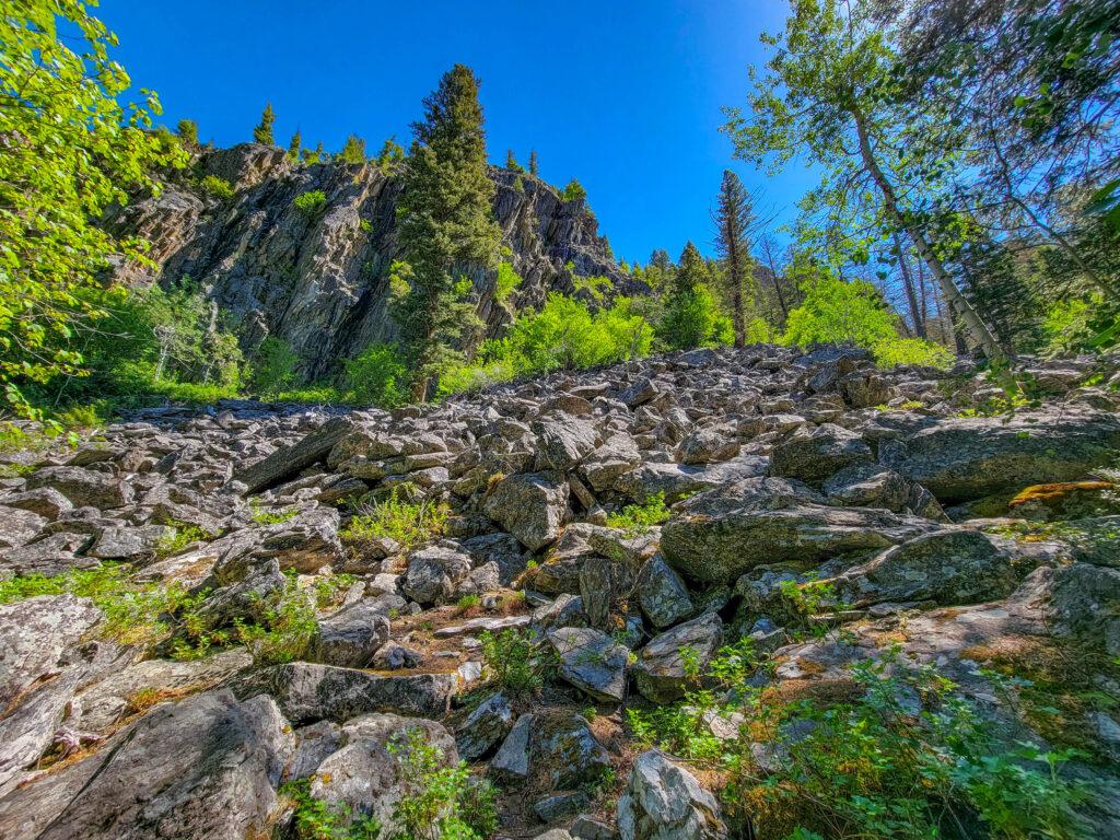 Rocks Around Pine Creekkk