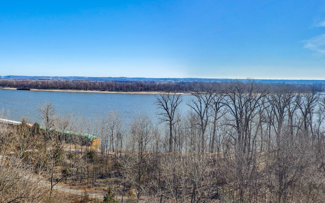 Cool hike in St Louis, MO–Cliff Cave County Park